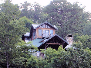 A home on Lake Jocassee