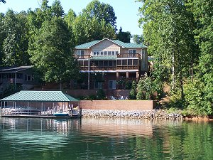 A luxury home on Skimmer Cove on Lake Keowee